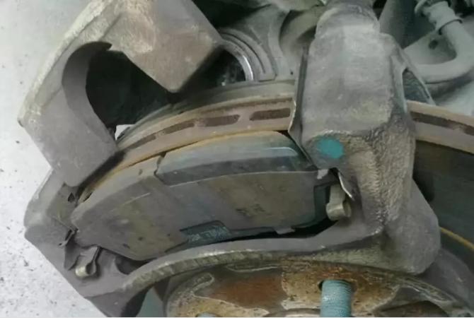 刹车片到底要不要换?三分钟告诉你答案!