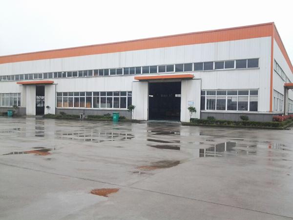 华龙摩擦厂房外观