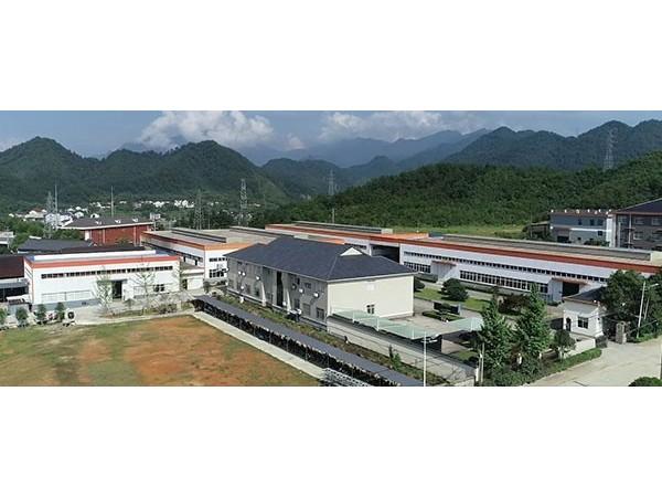 汉乐科新材料厂房大门