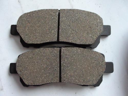 陶瓷刹车片用什么材料做成?