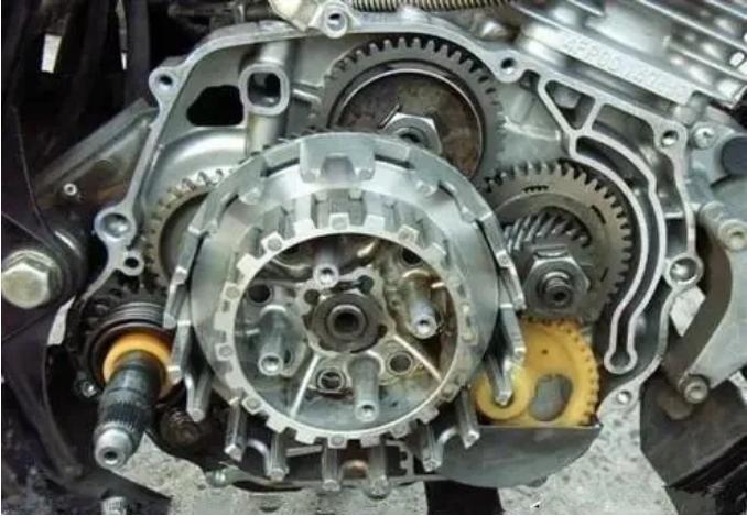 新摩托车经常半离合多久换离合器片?(下)